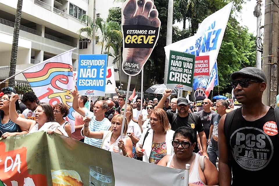 Feteerj e Sindicatos filiados apoiam a luta dos servidores estaduais